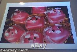 MARTIN PARR'Pink Pig Cakes, Bristol, UK' 1998 SIGNED'Common Sense' Photograph