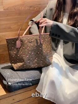 Nwt Coach City Tote In Signature Canvas With Heart Floral Print