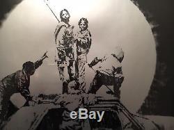 Banksy Drapeau Argent Non Signé Original Sérigraphie Coa De Lutte Antiparasitaire