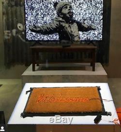 Banksy Produit Intérieur Brut Bienvenue Matt In Hand