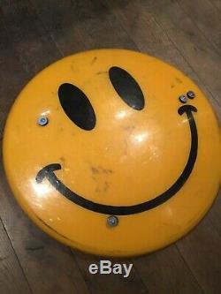 James Cauty Emblème Emoticone Smiley Bouclier Dl-1 Signé Ltd Ed Banksy Dismaland
