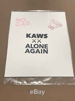 Kaws Mocad Edition Limitée Signée Blame Game In Hand