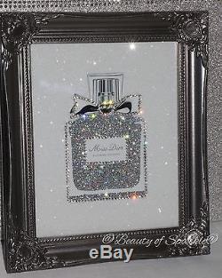 Miss Parfum Avec Des Paillettes Et Des Cristaux. Encadré Ou Toile! N'importe Quelle Taille