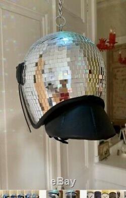 Produit Intérieur Brut Pib Croydon Non Banksy Disco Ball Met