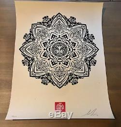 Shepard Fairey Obey Giant Mandala Ornament Copie D'écran Numérotée Signée Rare